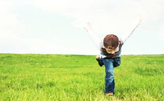 36 Free Ways to Entertain Your Child Over the Summer