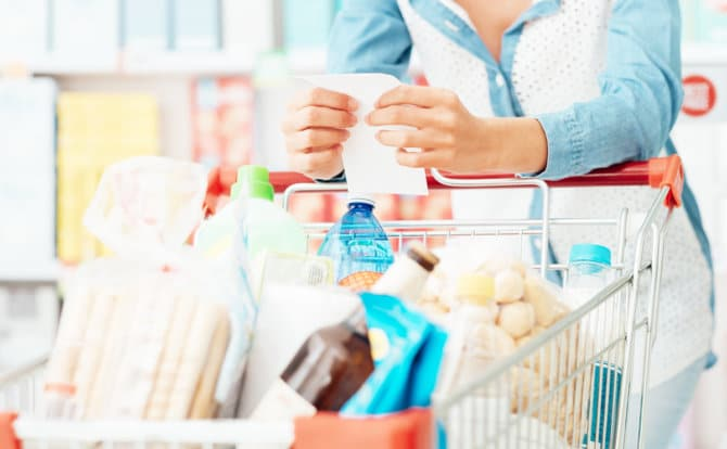 Save Money On Groceries With 11 Super Easy Tips