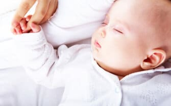 How to Teach Your Baby to Self Soothe
