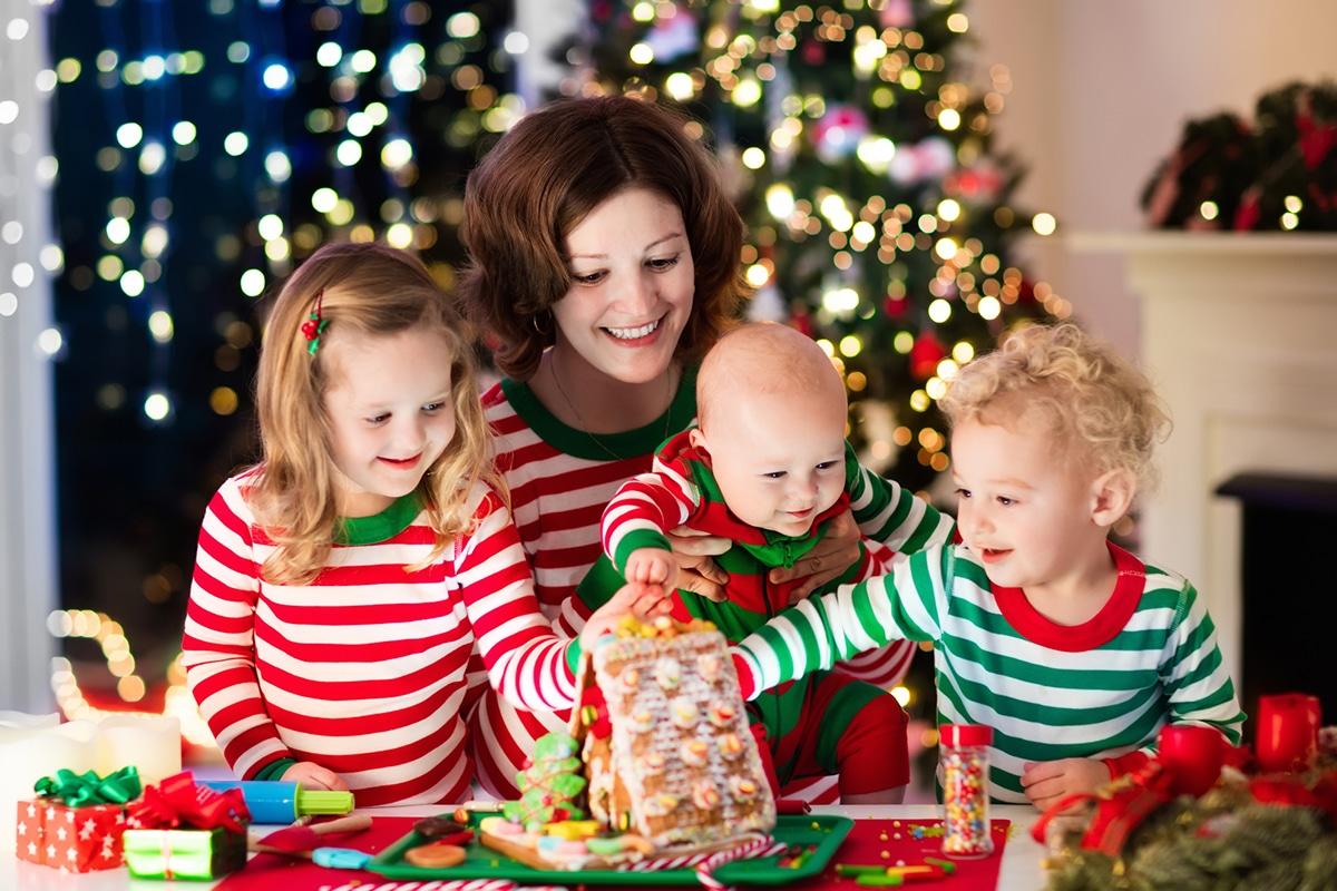 15 matching family christmas pajamas to sport on your