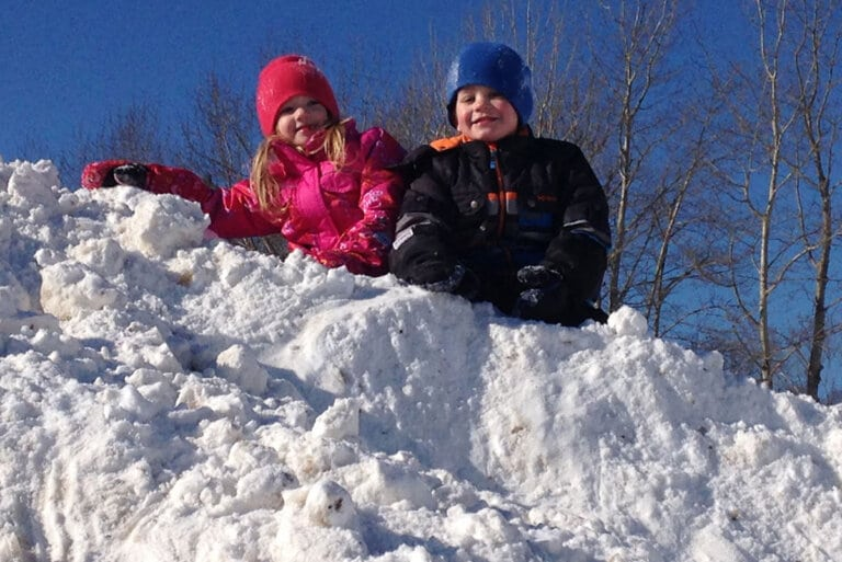 20 Winter Backyard Play Ideas