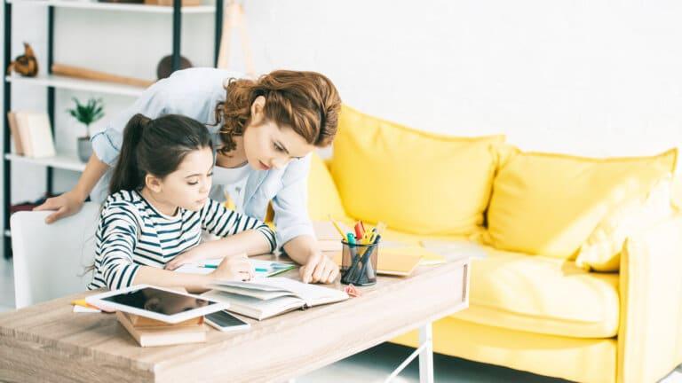 Easy Ways to Set Up Your Homeschool Classroom
